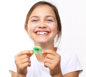 Orthodontic appliances and braces | LAUREL DENTAL